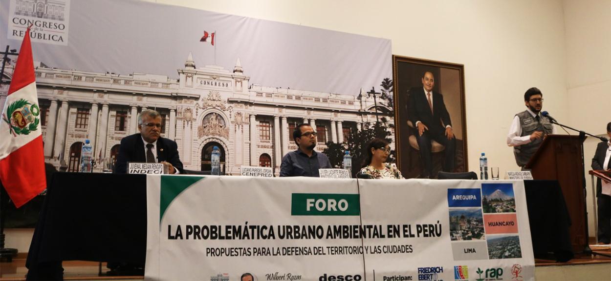 CENEPRED PARTICIPÓ EN EL FORO SOBRE LA PROBLEMÁTICA AMBIENTAL EN LAS CIUDADES DE AREQUIPA, HUANCAYO Y PUNO
